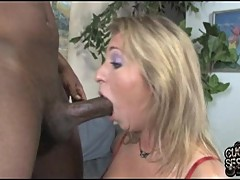 Sumptuous Jaelyn Fox throat fucks a massive dick