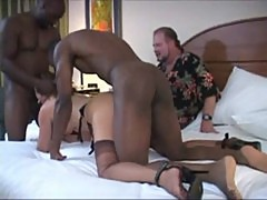 mature swinger wife having cuckold weekend